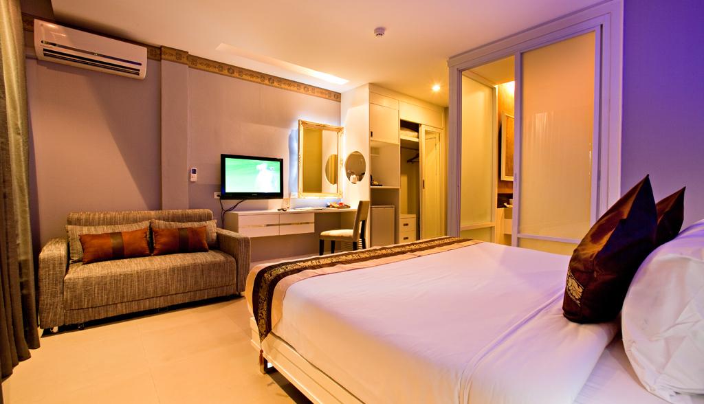 Gay hotel hostal puerta del sol phuket